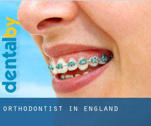 Orthodontist in England