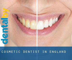 Cosmetic Dentist in England