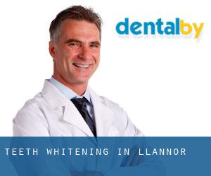 Teeth whitening in Llannor